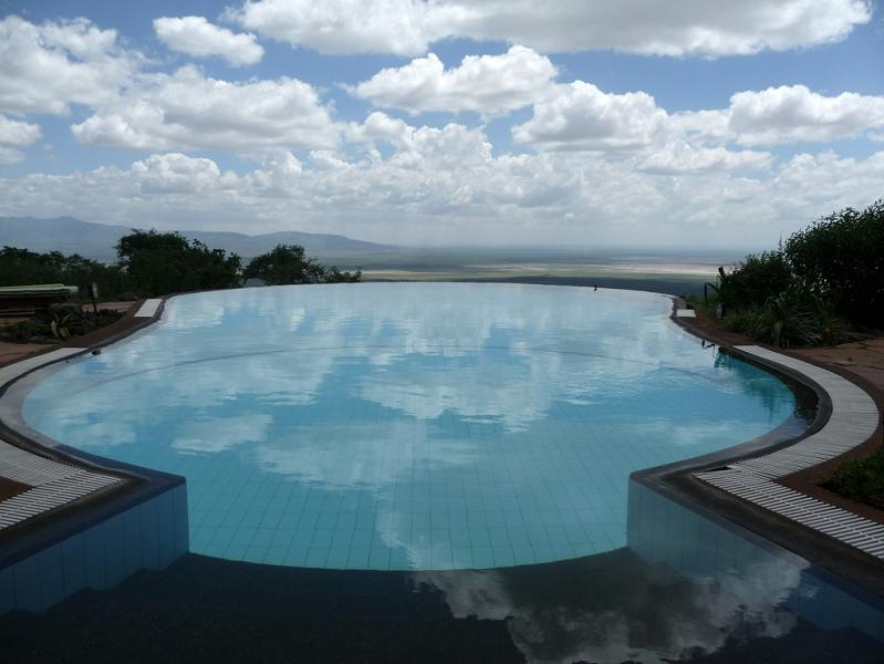 15 incredible infinity pools from around the world - Shanghai infinity pool ...