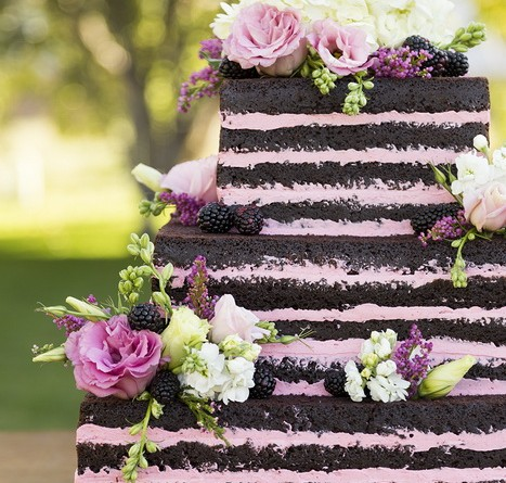 Amazing Wedding Cakes, which one is your favorite ?