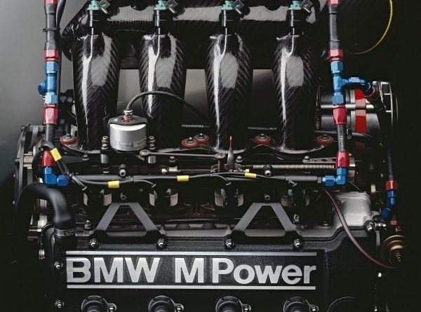 BMW M3 racing engine, team A touring car 1990 (04/2012)