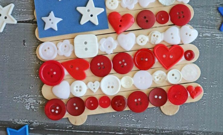 With 4th of July celebrations just around the corner,this Popsicle Stick Butto…