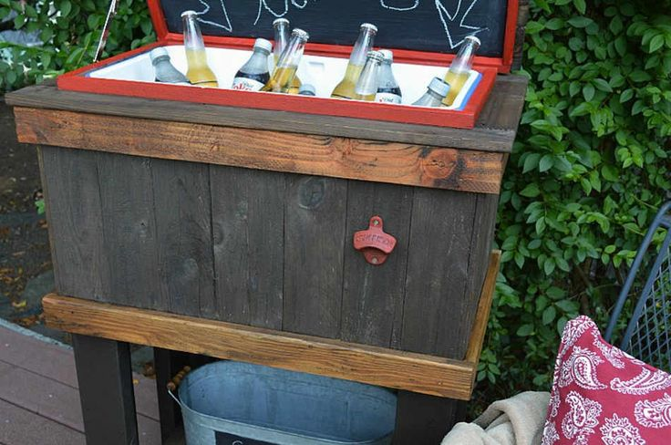 The DIY rustic cooler will make you achieve that cool vibe. It's easy to…