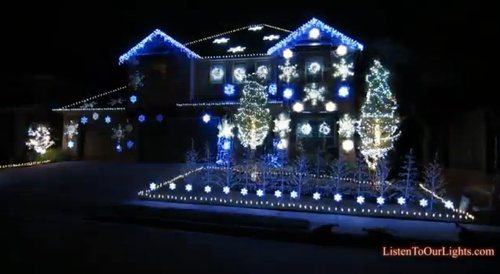 'Gangnam Style' Christmas Lights Display Will Get You Excited for the Ho…