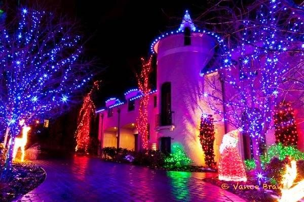 Colorful Led Christmas Lights on Houses in Canada 2013…