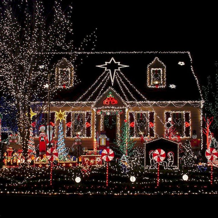 Adorable 70 Awesome Farmhouse Style Exterior Christmas Lights Decorations living…