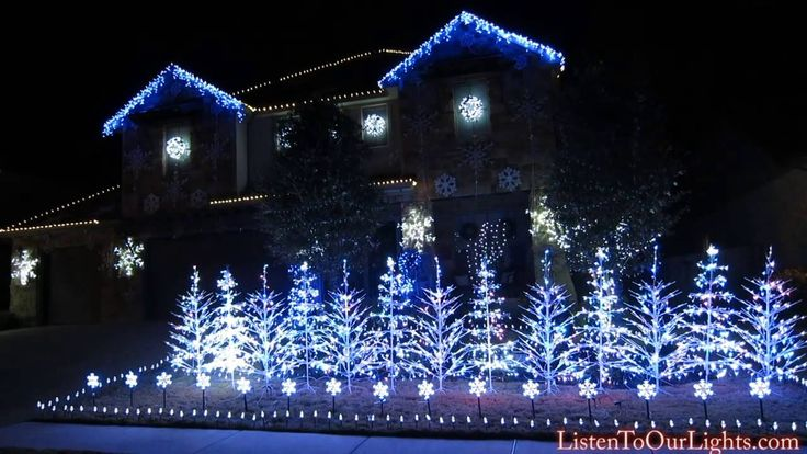 An Elaborate and Stunning Christmas Light Display Set to the Song 'Let It Go…